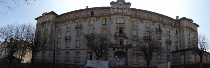 Hôtel abandonné à Vittel. Un batime,nt à donner l'envie d'écrire des romans.